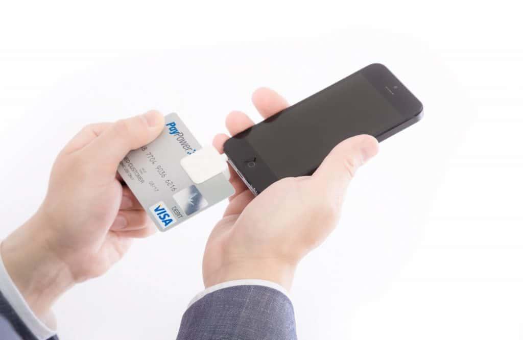 スマホでクレジットカード決済する(スクエア)